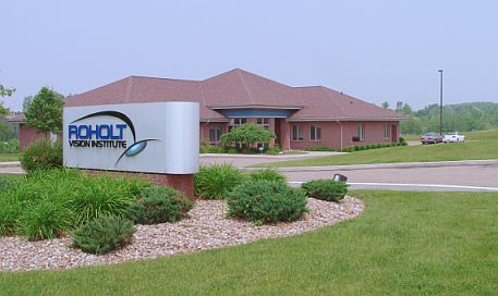 ophthalmologist canton oh